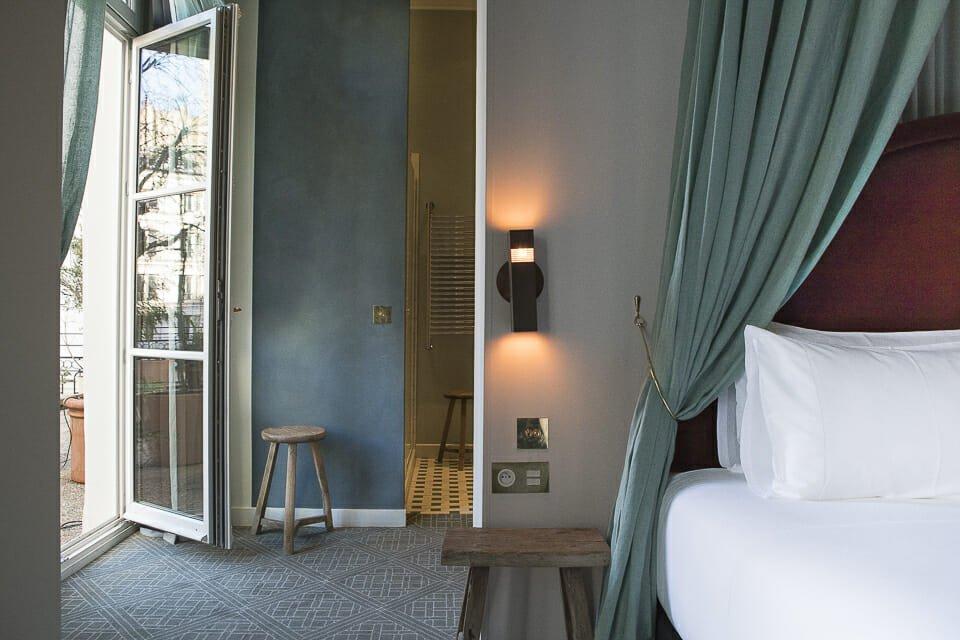 hotel grands boulevards paris exp rimental group. Black Bedroom Furniture Sets. Home Design Ideas