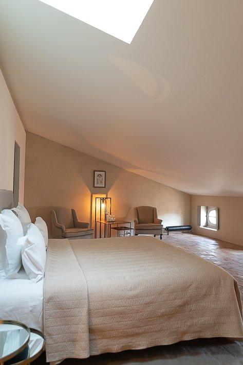 hotel-de-la-villeon-lisa-klein-michel-15