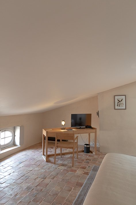 hotel-de-la-villeon-lisa-klein-michel-16