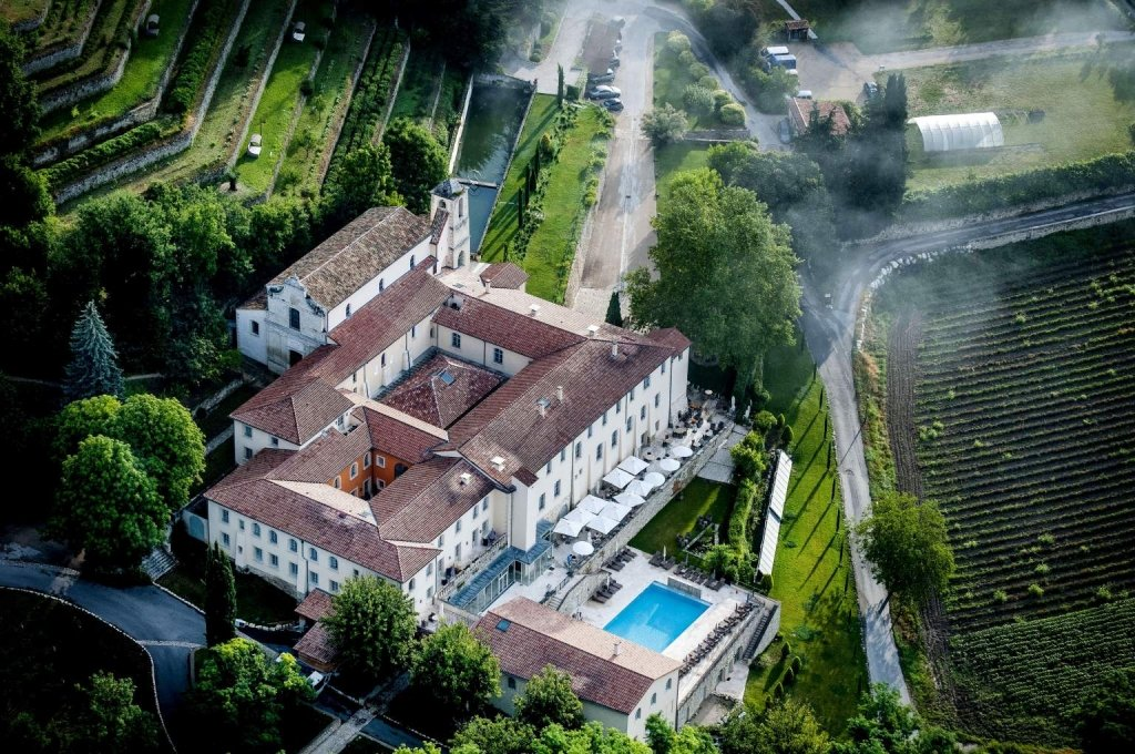 hotel et piscine