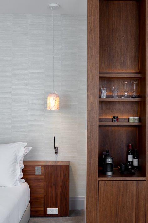 yndo-hotel-lucky-mornings